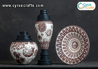 decorative pottery container